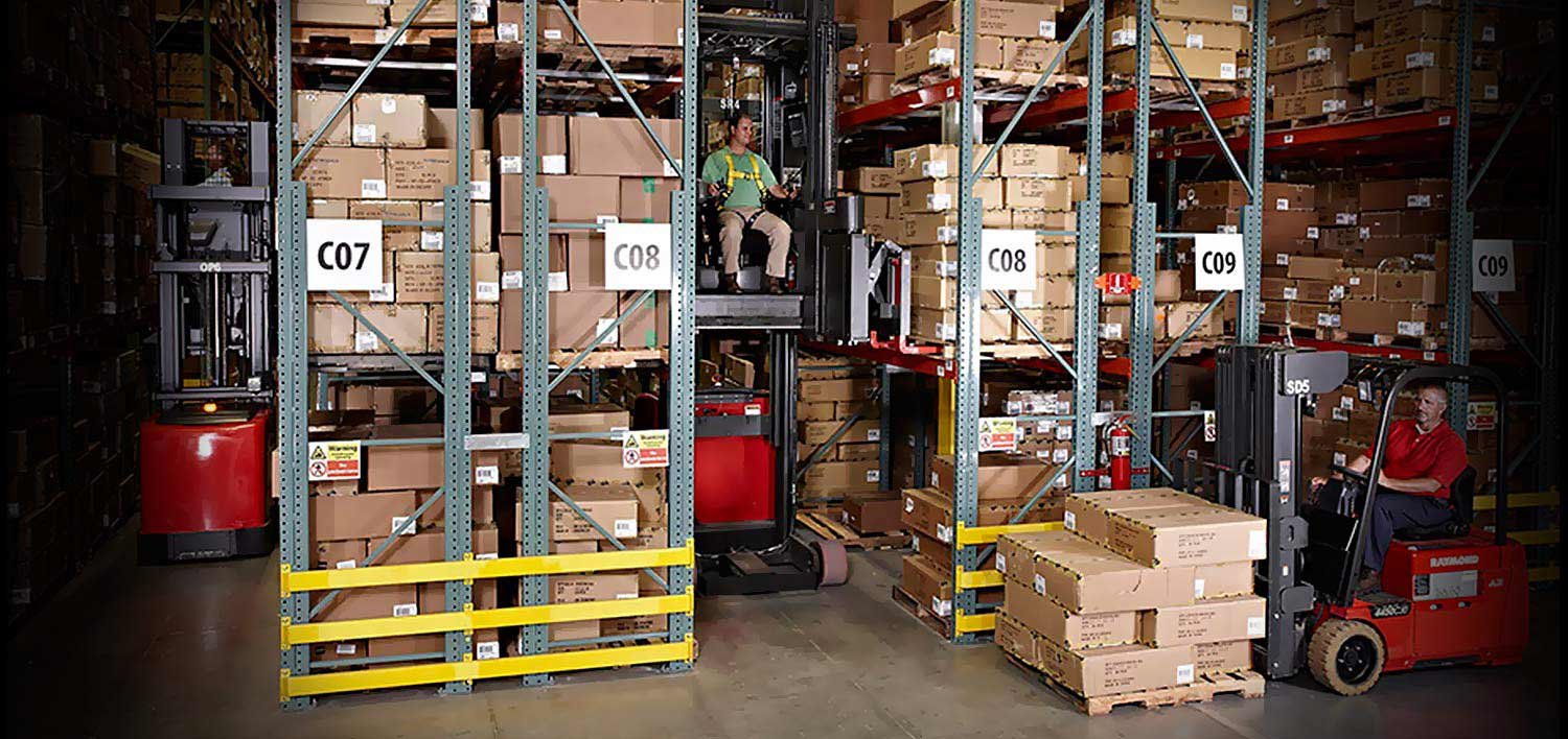 Raymond Swing Reach Trucks and Very Narrow Aisle Solutions